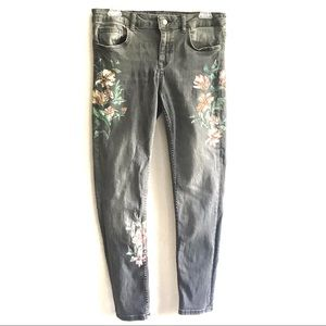 ZARA Floral Painted Gray Denim Skinny Jeans Size 8